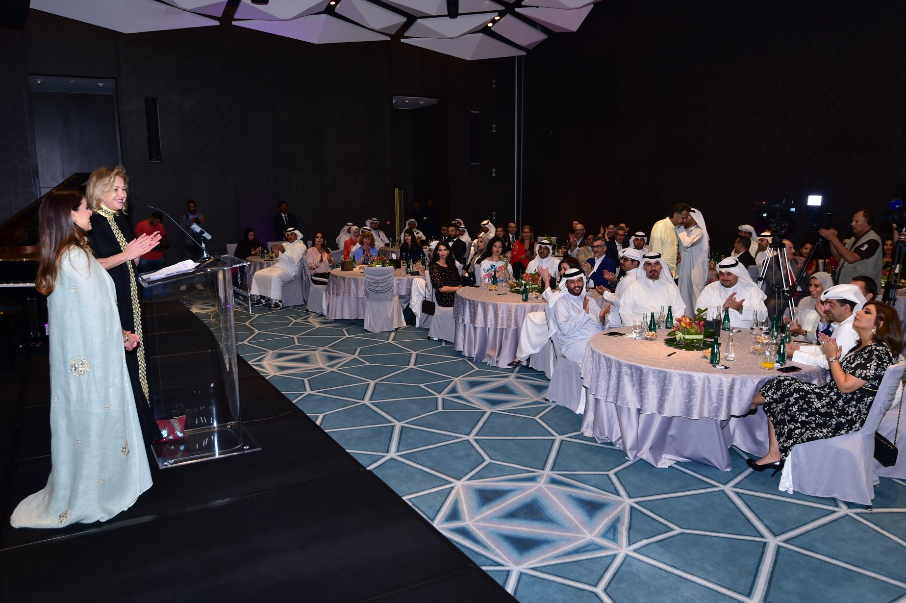 Starting the Gala Dinner at Four Seasons Hotel in Kuwait and celebrating the 63 Inspiring People portrayed in Those Who Inspire Kuwait ©Those Who Inspire