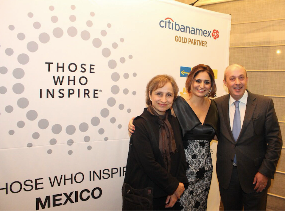 Rocio Marfil (centre), director Those Who Inspire Mexico with Carmen Arristegui, periodista (left) and Carlos Herrero from Extrategia Mexico (right) ©Those Who Inspire