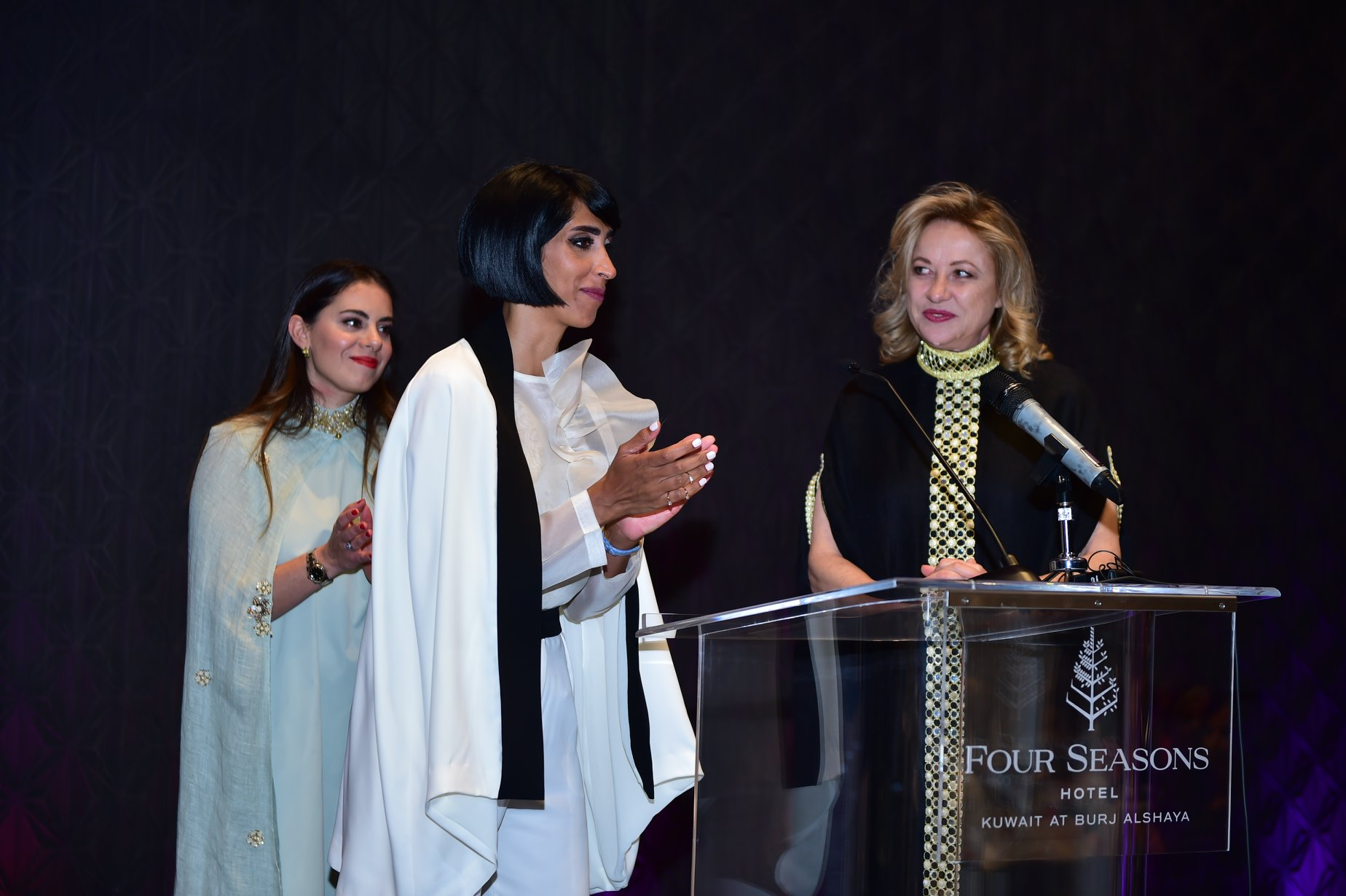 Opening the book launch event with Pilar Carrasco (left), Director Those Who Inspire Kuwait, Balsam Al-Ayoub, Change Maker, and Delphine Barets, Co-Founder Those Who Inspire ©Those Who Inspire